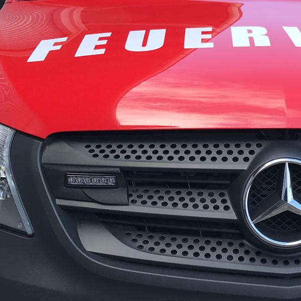 Montagerahmenset für Kühlergrill Mercedes Vito Baureihe 447 (BJ 10/2014-), Farbe: schwarz